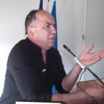 Haso Ćorsuljić, kalesijski vijećnik: Načelniče, ja sam stručnjak za rupe