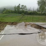Klizište blokiralo Gornje Hrasno, uništen i sportski poligon u Lipovicama