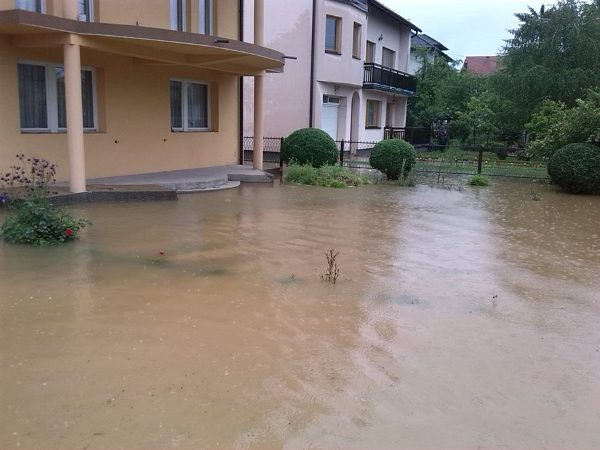 poplava Kalesija
