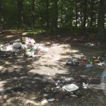 FOTO: Izletište Grabik zatrpano smećem