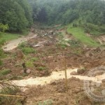 Lokalni potok u Ibralićima poplavio jedan stambeni objekat