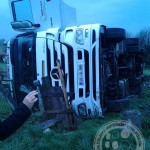 Slovenac izgubio kontrolu nad kamionom i sletio s puta (FOTO)