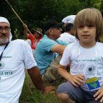 """I šestogodišnji dječak Hadi Ćurtović iz Kalesije bio je učesnik """"Marša mira"""": Prepješačio 40 kilometara preko Udrča"""