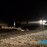 FOTO/ Strahovita saobraćajna nezgoda na regionalnom putu Kalesija – Živinice: Vatrogasci izvukli dvije osobe iz smrskanog automobila