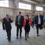 Bego Gutić sa ministrima obišao Primu i Izazov, te obećao pomoć u novom zapošljavanju