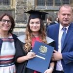 Delila Hasanović iz Kalesije završila ekonomski fakultet u Engleskoj