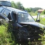 U saobraćajnoj nesreći u Zukićima povrijeđene dvije osobe