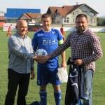 Bosna poražena u Kalesiji, trener Ibro Mahmutović podnio ostavku, ministar Ramić klubu poklonio opremu