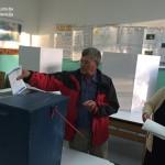 Biračka mjesta na vrijeme otvorena, glasanje protiče bez problema