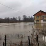 Mala Spreča poplavila stambeni objekat u MZ Gojčin