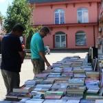 """Otvoren """"Ljetni sajam knjige"""": Prof. dr. Muhamed Omerović poklonio 10 naslova"""
