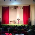"""Predstava za djecu """"Miki mini maus"""" oduševila kalesijske mališane"""
