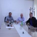 Općina Kalesija izdvojila 2.400 KM za zamjenu stolarije u PŠ Miljanovci